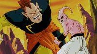 Le Kaiōshin du Sud affrontant Majin Boo