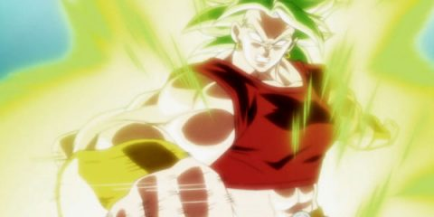 Kale se transformant en Super Saiyan (Berserker)